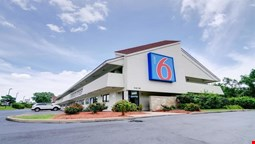Motel 6 Kansas City, MO