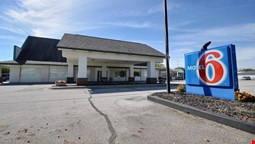 Motel 6 Indianapolis South