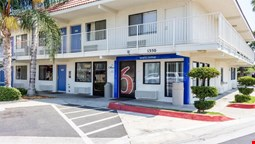 Motel 6 Bakersfield Convention Center