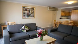 Mounts Bay Waters Apartment Hotel