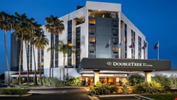 DoubleTree by Hilton Carson