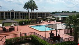 Winter Haven Gardens Inn and Banquet Center