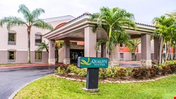 Quality Suites Fort Myers - I-75