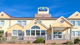 Days Inn & Suites Sugarland / Stafford