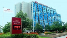 Crowne Plaza Hotel Chicago O'Hare