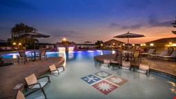 Lodge Of Four Seasons Golf Resort, Marina & Spa