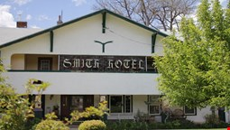 Historic Smith Hotel Bed And Breakfast