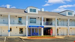 Baymont Inn And Suites Smithfield
