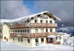 Enzian Hotel On Chamois