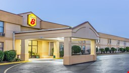 Super 8 Knoxville Downtown Area