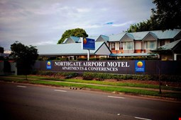 Comfort Inn and Suites Northgate Airport Hotel