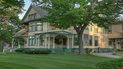 Oliver Inn Bed and Breakfast