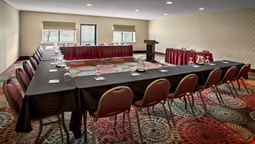 Holiday Inn Express Hotel & Suites East Greenbush