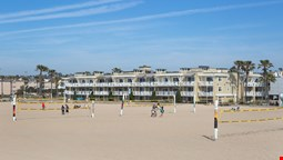 Beach House Hotel at Hermosa Beach