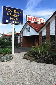 Melton Motor Inn & Apartments