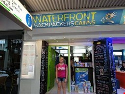 Waterfront Backpackers - Hostel