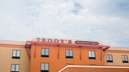 Teddy's Residential Suites Watford City