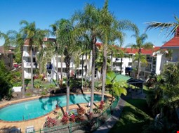Cannes Court Holiday Apartments