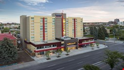 Fairfield Inn & Suites Calgary Downtown