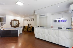 City Edge Brisbane Hotel