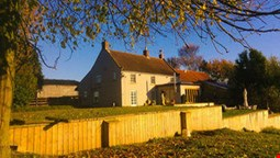 Woundales Farmhouse bed and breakfast