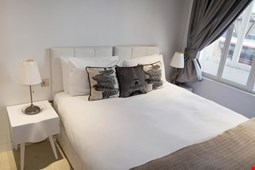 Uber London - Piccadilly Apartments