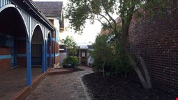 Coolibah Lodge - Hostel