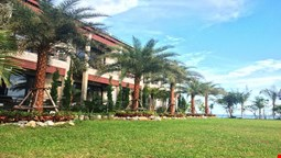 Windy SeaView Resort