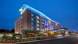 Aloft Louisville East