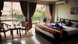 Tropical Sands Guesthouse