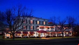 The Chateau Inn and Suites