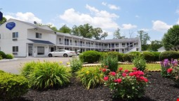 Passport Inn & Suites