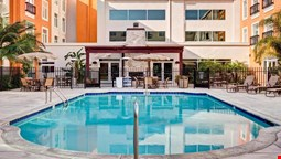Embassy Suites by Hilton Valencia - Downtown