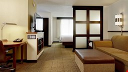 Hyatt Place South Bend / Mishawaka