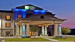 Holiday Inn Express Hotel and Suites of Opelika/Auburn