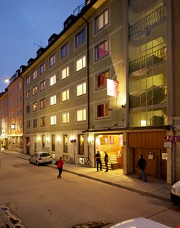 The 4 You Hostel & Hotel