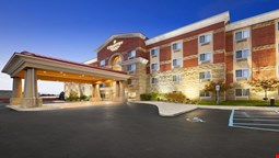 Country Inn and Suites Dearborn