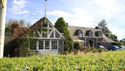 Camden Valley Inn
