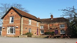 The Cricketers Arms - Hotel