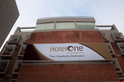 Hotel One Down Town
