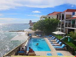 Scuba Lodge & Ocean Suites