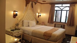 New Camelot Hotel
