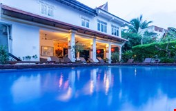 Golden Banana Bed & Breakfast and Boutique Hotel