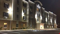 Candlewood Suites Youngstown W I-80 Niles Area